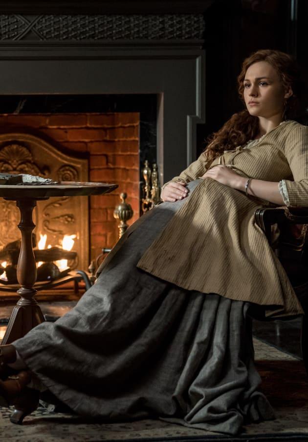 Brianna Relaxes - Outlander Season 4 Episode 11
