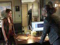 Pretty Little Liars Season 6 Episode 18