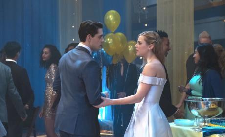 Spillin' The Punch - Riverdale Season 1 Episode 11