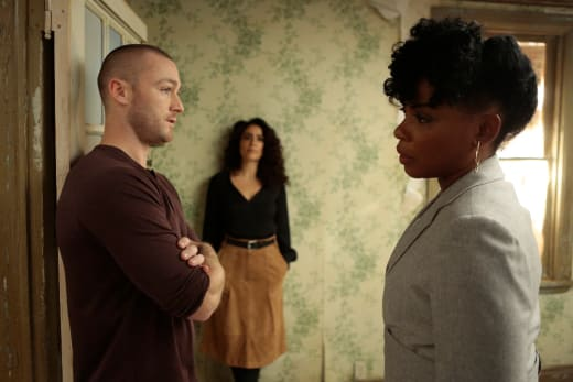 You've Been Tapped, What Comes Next? - Quantico Season 2 Episode 9
