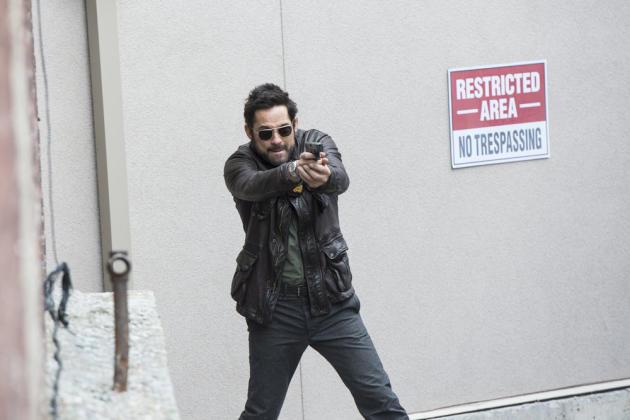 Julian is after Red! - The Blacklist Season 4 Episode 21