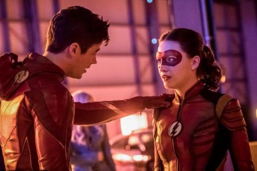 Teaming Up! - The Flash Season 4 Episode 15