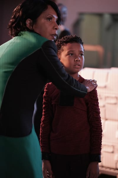 Doctor and Ty - The Orville Season 2 Episode 9