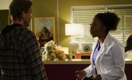 Listen to me! - Grey's Anatomy Season 13 Episode 22