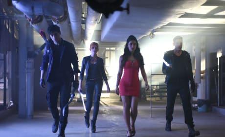 Hot stuff - Shadowhunters Season 1 Episode 3