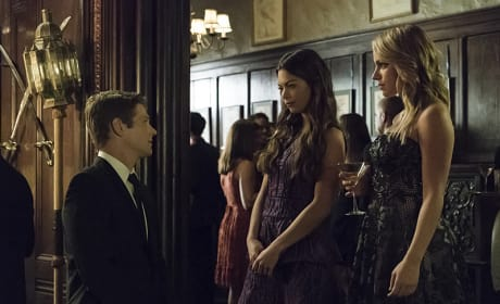 Matt, Nora and Mary Louise - The Vampire Diaries Season 7 Episode 6