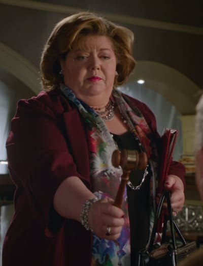 The Gavel - Good Witch Season 7 Episode 7