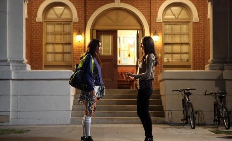Schoolgirl - Pretty Little Liars Season 5 Episode 20