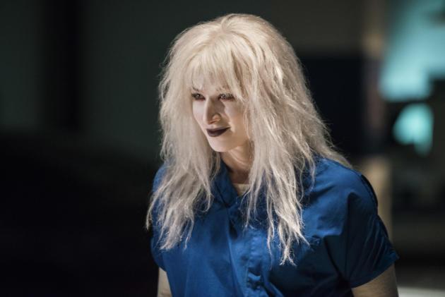 Livewire is Back - Supergirl Season 2 Episode 10