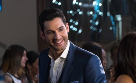 What a Smile - Lucifer Season 2 Episode 14