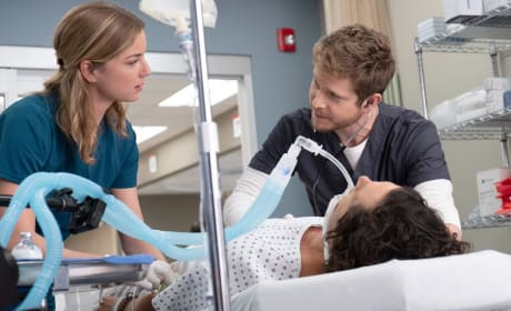 The Couple that Heals Together - The Resident Season 2 Episode 4
