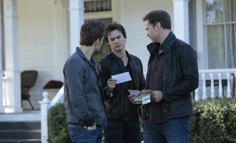 Mail Check - The Vampire Diaries Season 6 Episode 8