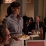Tess Serves Potato Chips - Sweetbitter Season 1 Episode 3