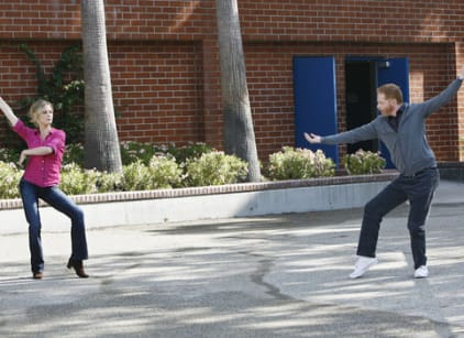 Watch Modern Family Season 1 Episode 7 Online