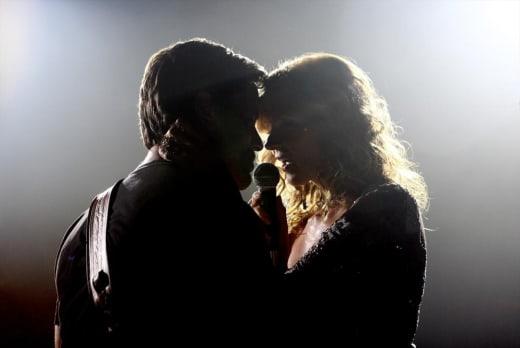 Under the Spotlight - Nashville Season 3 Episode 1
