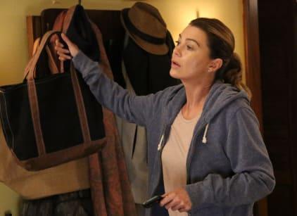 Watch Grey's Anatomy Season 13 Episode 1 Online