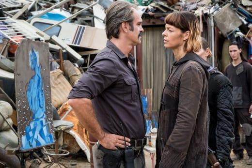 Toe To Toe - The Walking Dead Season 8 Episode 10