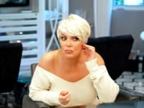 Kris Jenner Has New Hair! - Keeping Up with the Kardashians