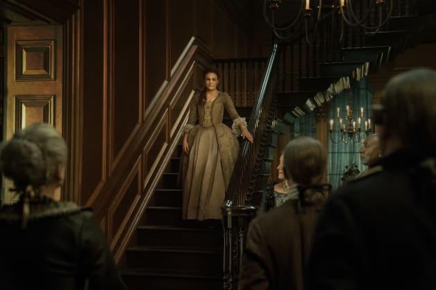 Put on Display - Outlander Season 4 Episode 11