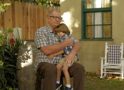 Watch Modern Family Season 8 Episode 7 Online