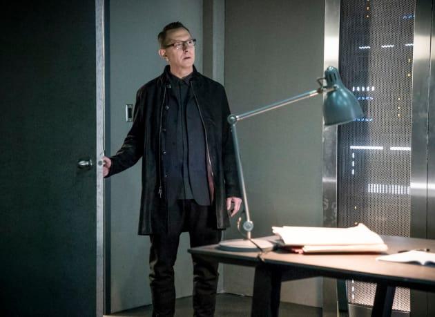 Starting Without Me? - Arrow Season 6 Episode 12