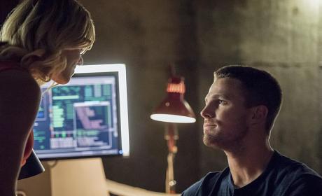 Encouragement - Arrow Season 4 Episode 1