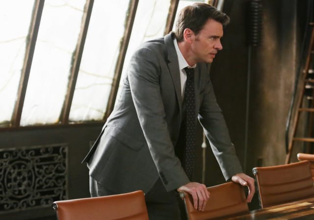 Suit and Tie - Scandal Season 4 Episode 22