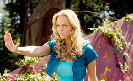 Laura Vandervoort to Guest Star on Haven