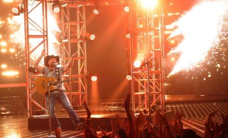 Tate Stevens on Stage