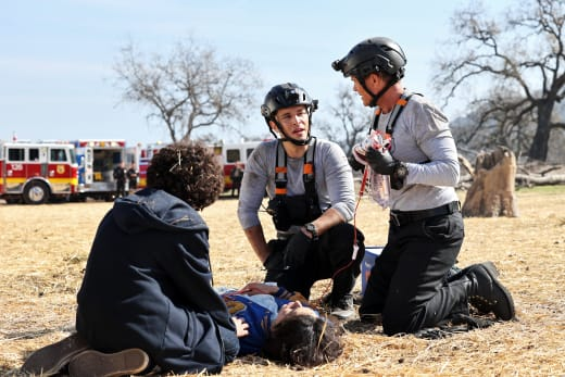 Fathers, Sons, Brothers - Tall - 9-1-1: Lone Star Season 2 Episode 6