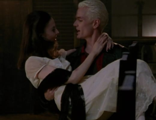 Spinning Around - Buffy the Vampire Slayer Season 2 Episode 9
