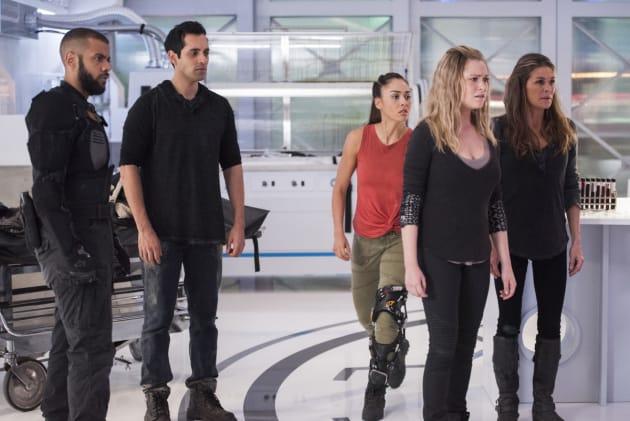 Raven's Awake — The 100 Season 4 Episode 8
