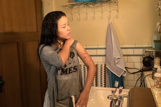 Bumps and Bruises - The Fosters Season 5 Episode 4