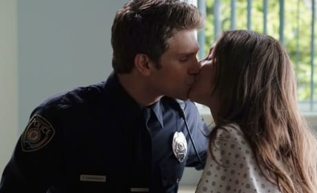 Spoby Kiss! - Pretty Little Liars Season 6 Episode 2