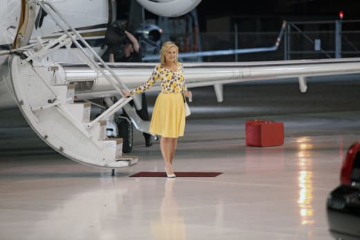 Sookie Gets Off the Plane