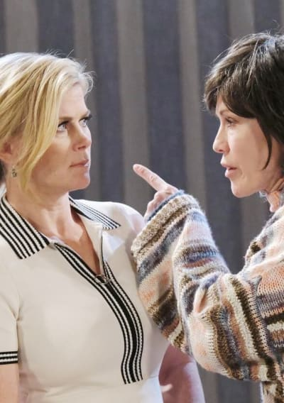 Kristen Pressures Sami / Tall - Days of Our Lives