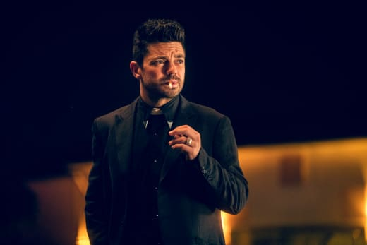 Jesse on the Watch - Preacher Season 2 Episode 2
