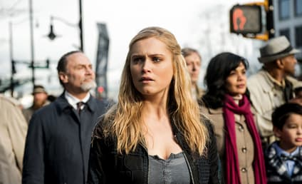 The 100 Photo Preview: A Trip to the City of Light