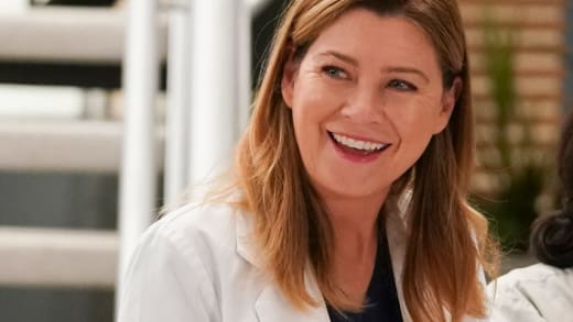 Meredith Grins - Grey's Anatomy