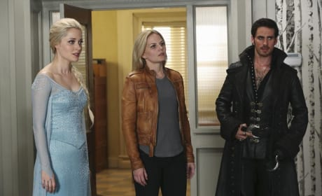 Elsa is Distressed - Once Upon a Time