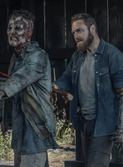 Aaron Goes Dark - The Walking Dead Season 11 Episode 5