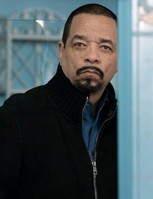 Fin Takes a Look - Law & Order: SVU Season 20 Episode 15