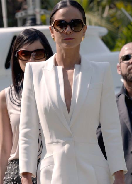Teresa in White - Queen of the South