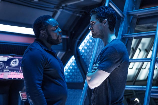Johnson and Holden  - The Expanse Season 2 Episode 6