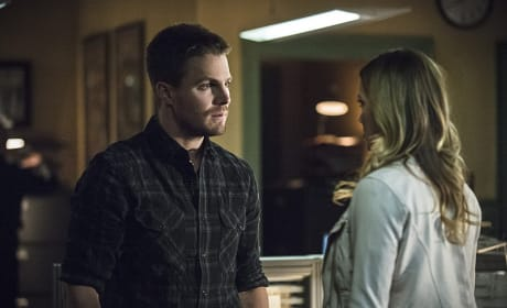 Looking for Help - Arrow Season 3 Episode 19