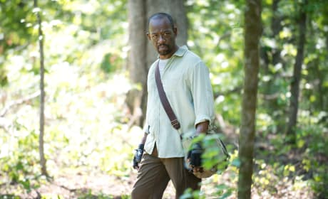 Into the woods - The Walking Dead Season 6 Episode 1