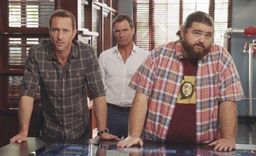 Computer Trail - Hawaii Five-0 Season 8 Episode 3