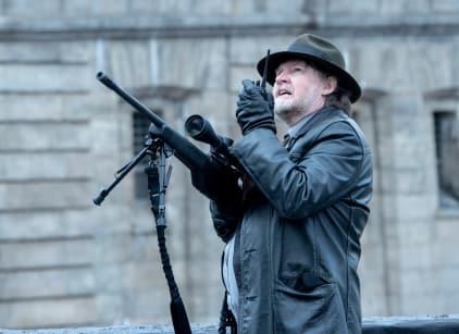 Watch Gotham Season 4 Episode 18 Online