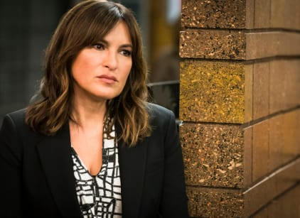 Watch Law & Order: SVU Season 7 Episode 12 Online
