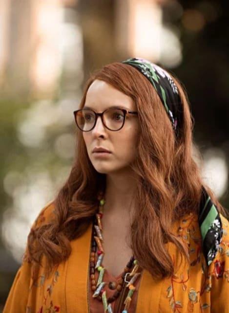 Villanelle in Disguise - Killing Eve Season 2 Episode 3